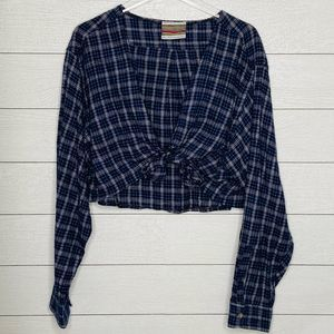 UO Urban Renewal Flannel Tie Front Crop Shirt